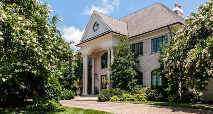 Custom Raleigh Estate – $7,800,000