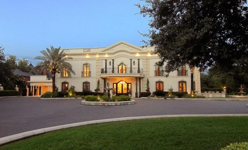 Neo-Classical River Oaks Estate – $17,900,000