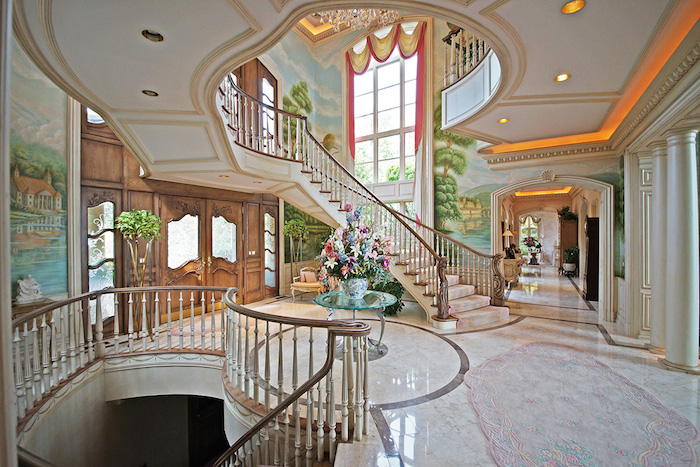 Grand Foyer : Grosse point shores manor heading to absolute auction