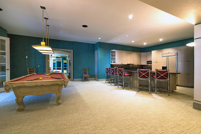38-Billiards-Recreation-Room