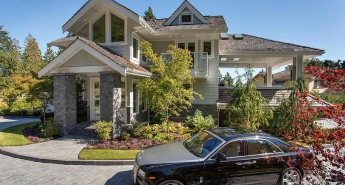 Olde Caulfeild Luxury Residence – $7,480,000 CAD