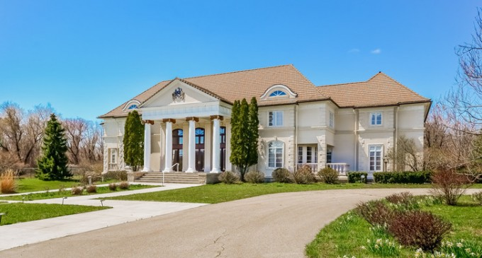14.78-Acre Estate Reduced to $1,100,000