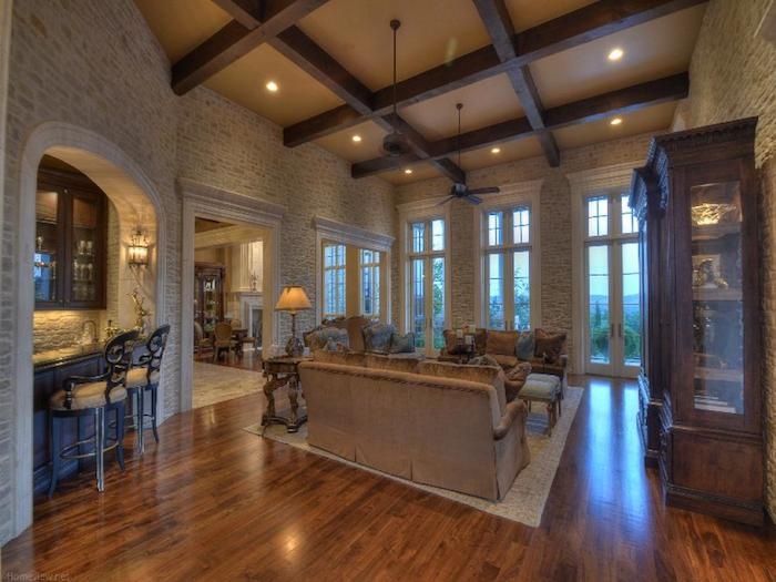 Texas hill country manor 6 650 000 pricey pads for Hill country flooring