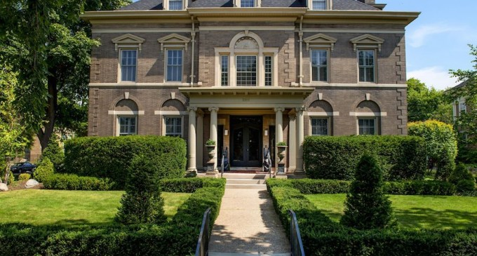 Impeccably Renovated Federal Mansion – $1,150,000