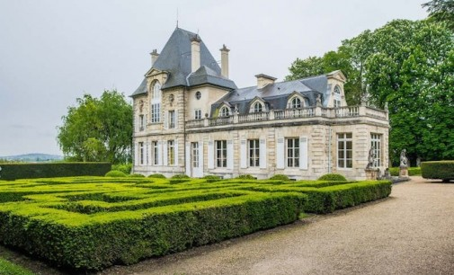 French Castle – €5,040,000 EUR