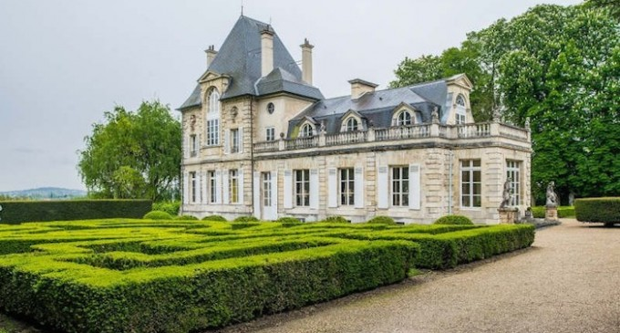 French castle €5040000 eur