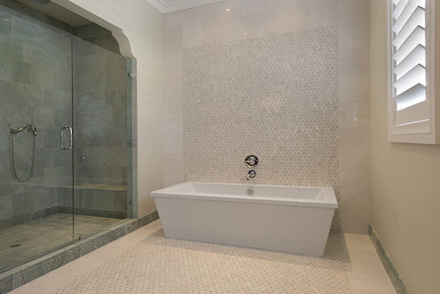 37-Guest_House_Bath