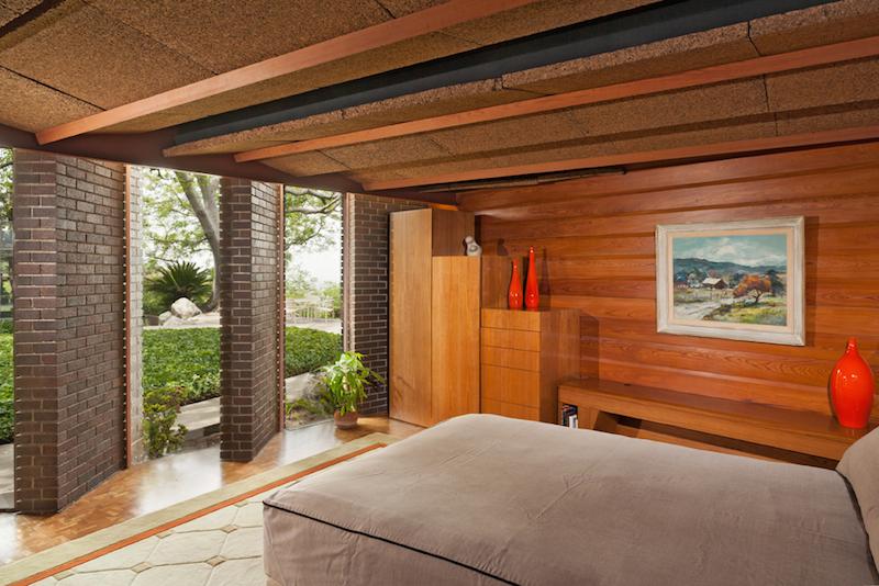bedroom 2 full