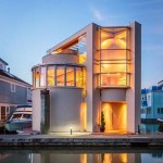 Live in a Luxe Floating Home for $818K (PHOTOS)