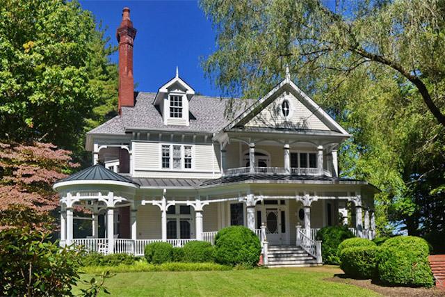 Lake Glenville Queen Anne – $9,750,000