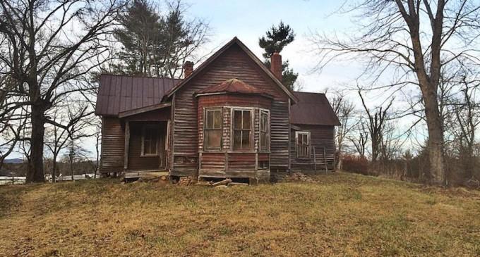 The 'Inanda' House, An Historic 19th-Century Farmhouse In Asheville, North Carolina (PHOTOS)