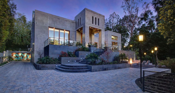 Museum Architectural Residence – $9,450,000