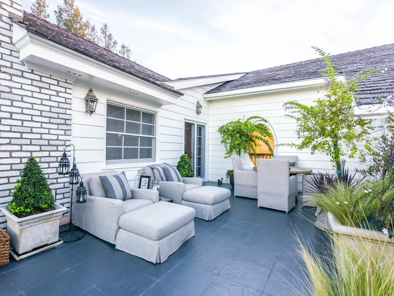 25067-Jim-Bridger-14-master-suite-balcony-e1422398928246