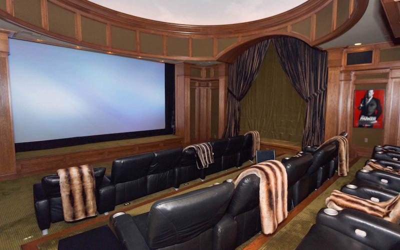 25067-Jim-Bridger-20-theater-screening-room-e1422398854607