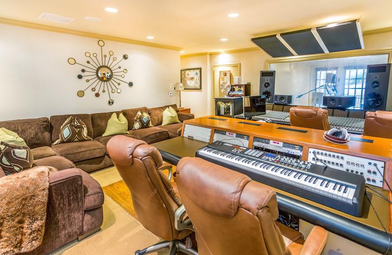 25067-Jim-Bridger-21-recording-studio-e1422398843406