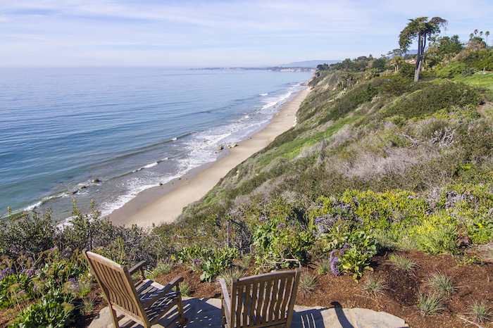 35-private-steps-to-the-beach