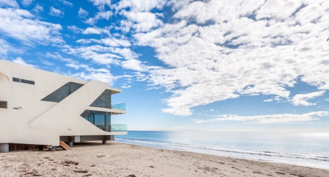 Beach Front Architectural – $13,899,000