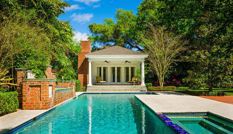 04-Pool-House