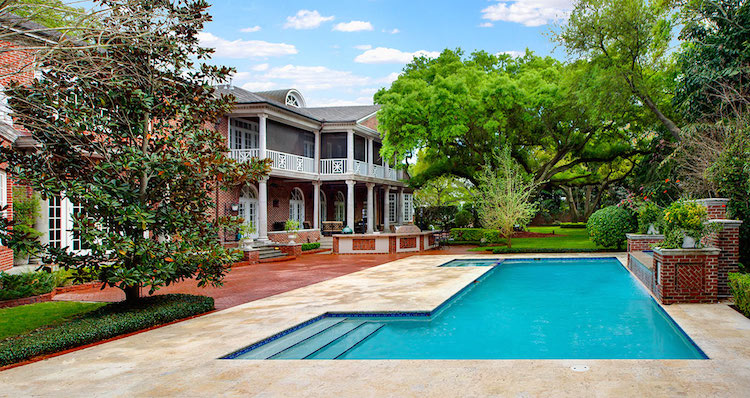 07-Backyard-View-from-Poolhouse