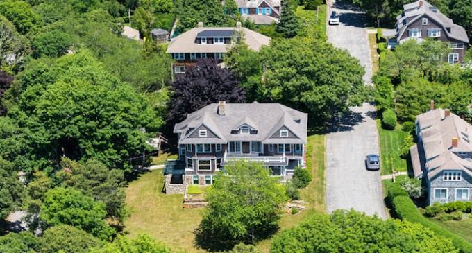 Buy This Landmark Beach House for $2.85 Million (PHOTOS)