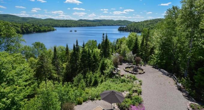 Lake Manitou Manor – $2,950,000 CAD