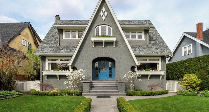 1920s Vancouver Home Given New Life with Extensive Renovation (PHOTOS)