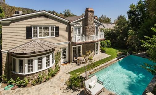 Traditional East Coast Hampton-Style Home – $5,499,000