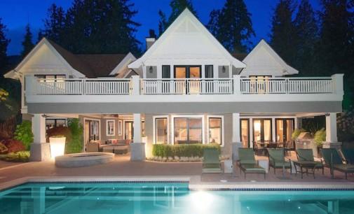 Luxurious Altamont Estate – $9,850,000 CAD