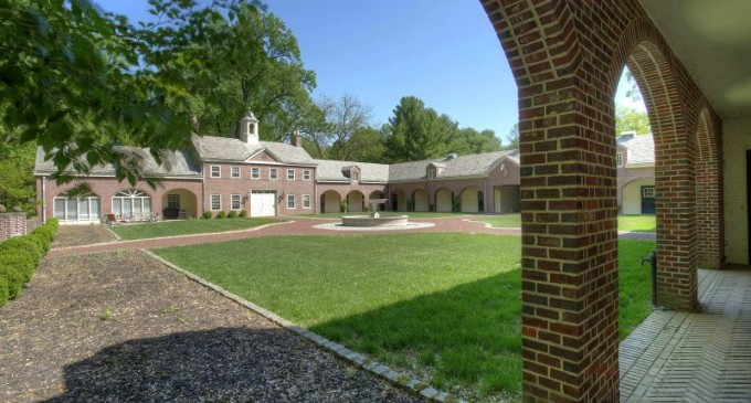 1920s Brick Georgian Lists in New Jersey for $13.5-Million (PHOTOS)