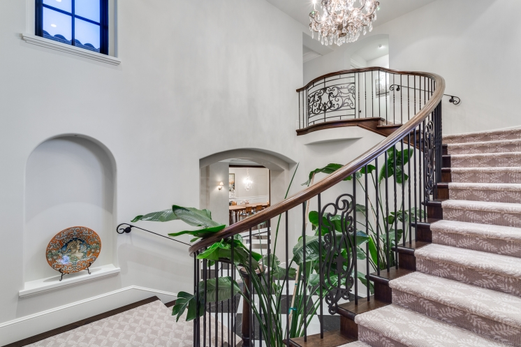 749x497_address-given-upon-request-caulfeild-west-vancouver-31-38072