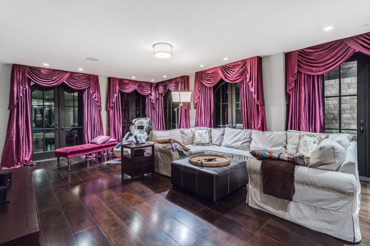 749x497_address-given-upon-request-caulfeild-west-vancouver-52-38097