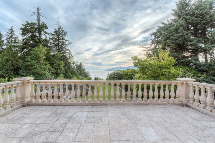 749x497_address-given-upon-request-caulfeild-west-vancouver-65-38130