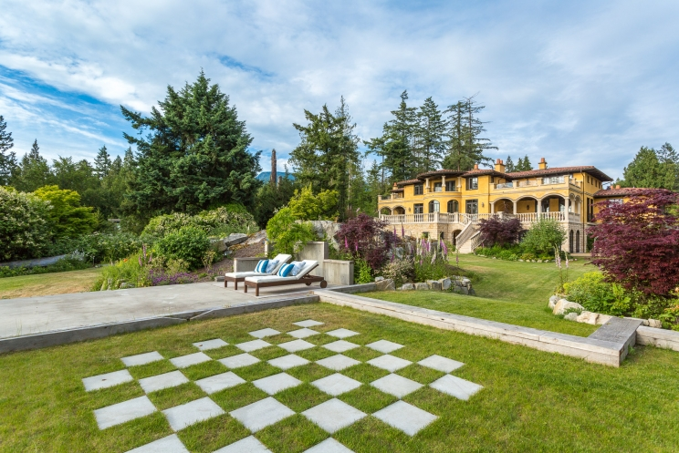 749x497_address-given-upon-request-caulfeild-west-vancouver-69-38120