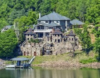 Knoxville Mansion Includes 'Medieval-Like' Village In Backyard (PHOTOS)