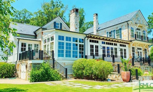 Picturesque Lake Clara Home By Jim Strickland of Historical Concepts (PHOTOS)