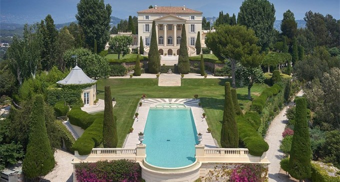 Legendary 'Castle of La Croix des Gardes' Seeks New Owner, Price Withheld (PHOTOS)