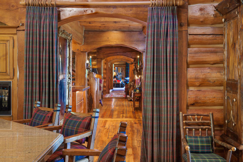 Eagle Pines Log Home, Carrie Wells, June 4, 2015