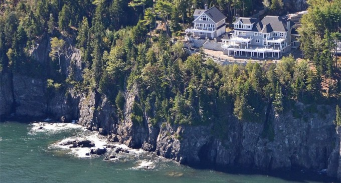 'Bella Vista', Frenchman Bay Beach House With Awe-Inspiring Views For $5.5-Million (PHOTOS)
