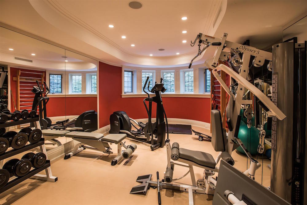 000101_FitnessRoom