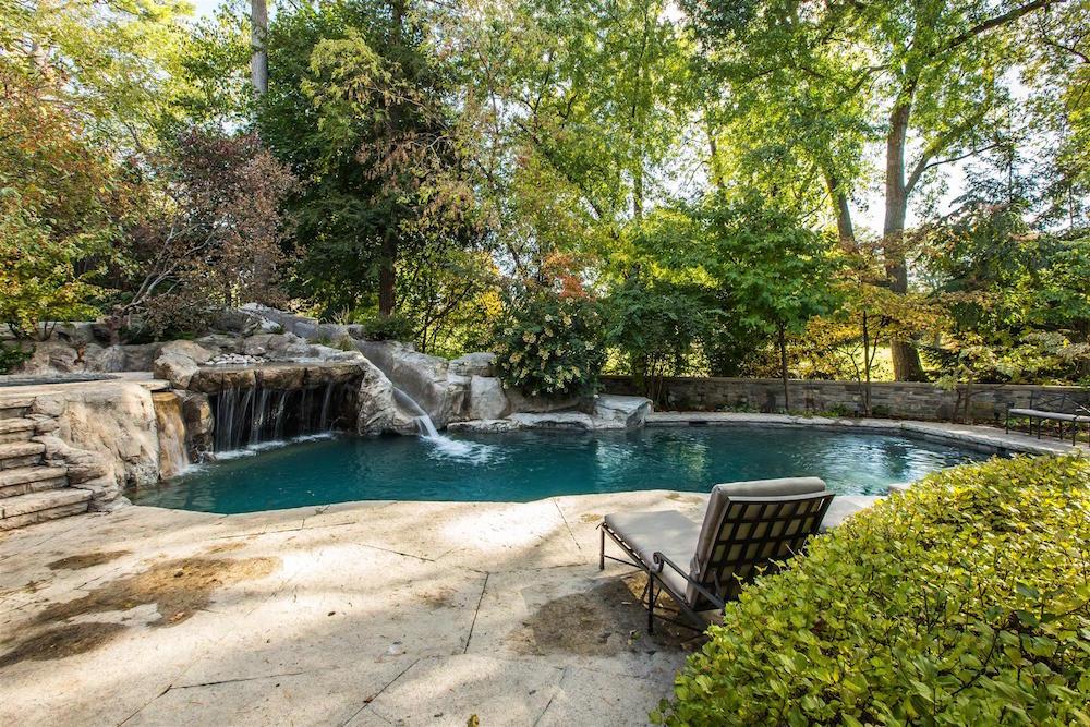 000113_House_Backyard-Pool_7