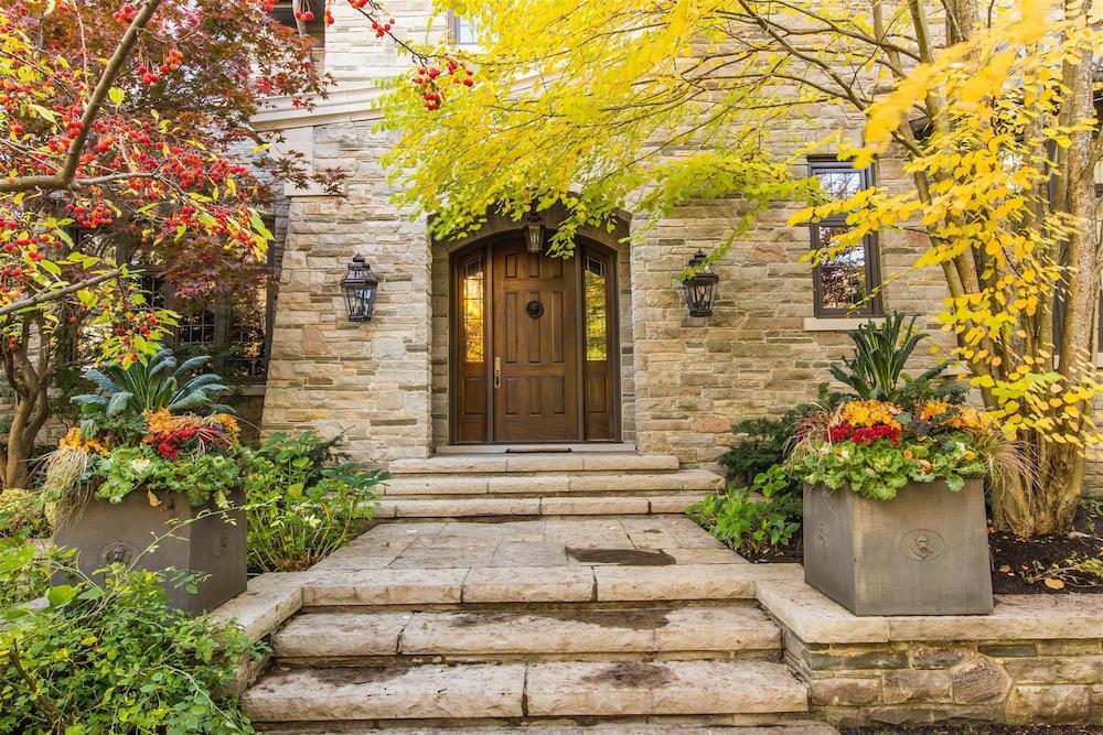 0003_House_Entrance_2