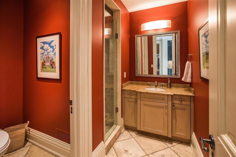00044_Bathroom