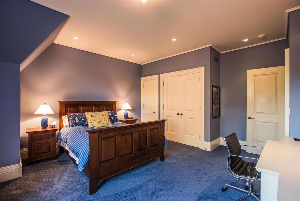 00078_Bedroom_Third_2
