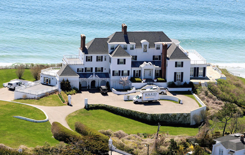 Another house in Taylor Swift's Real Estate Portfolio.
