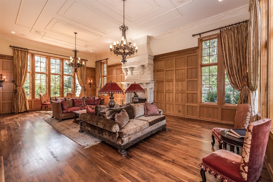 Exquisite 8 Acre Charlotte Nc Mansion Seeks 2 975