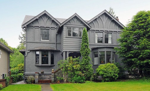 Breathtaking c.1922 Vancouver Home Destroyed by Developers (PHOTOS)