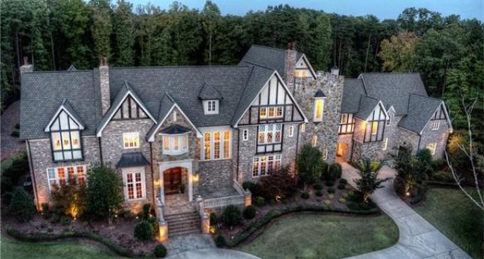 Exquisite 8-Acre Charlotte, NC Mansion Seeks $2.975-Million (PHOTOS)