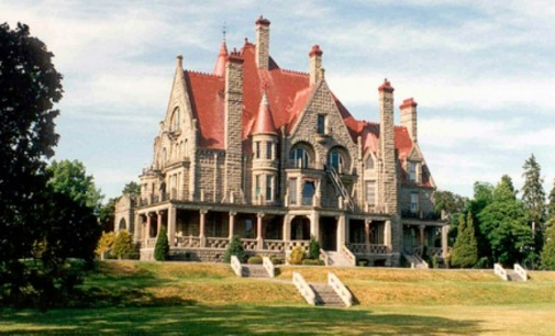 Local Landmark: Craigdarroch Castle, Setting for Hollywood Horror Film (PHOTOS & VIDEO)