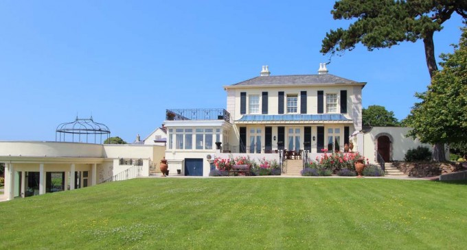 Spacious 14.7-Acre Jersey, U.K. Estate Listed For £12-Million (PHOTOS)