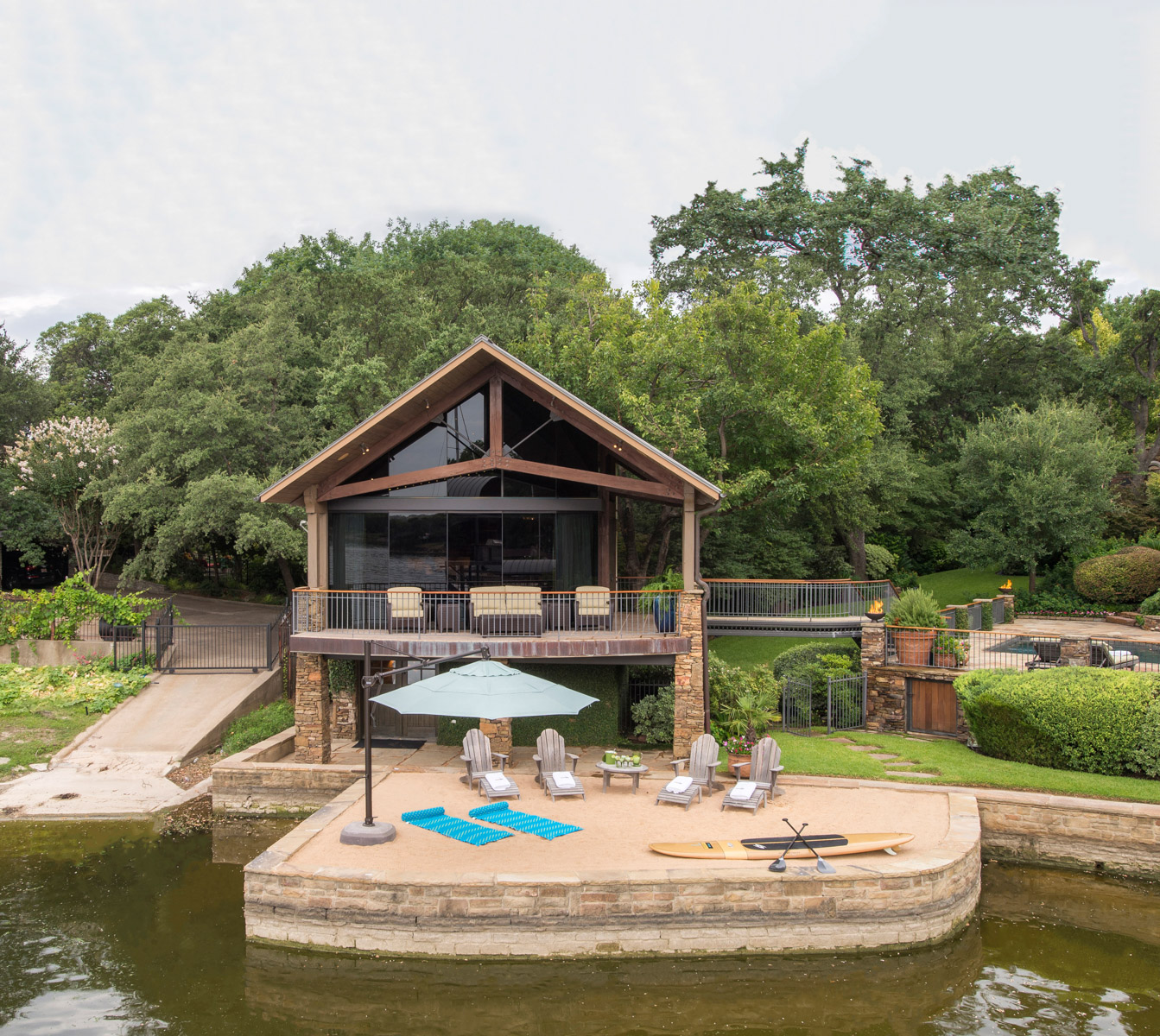 Luxury Lake Homes In Texas: Texas Billionaire Slashes Private Eagle Mountain Lake